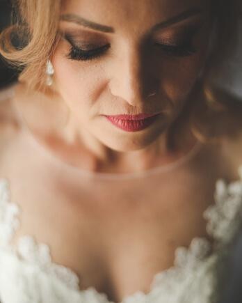 Bruidsmake-up aan huis
