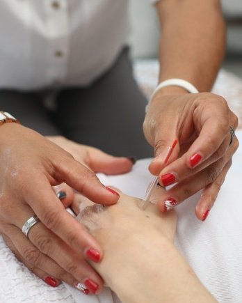 Manicure (60 min)